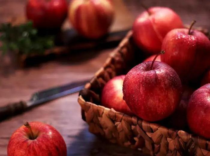 Những quả táo